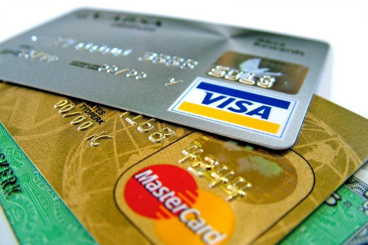 Debetkort vs kredittkort